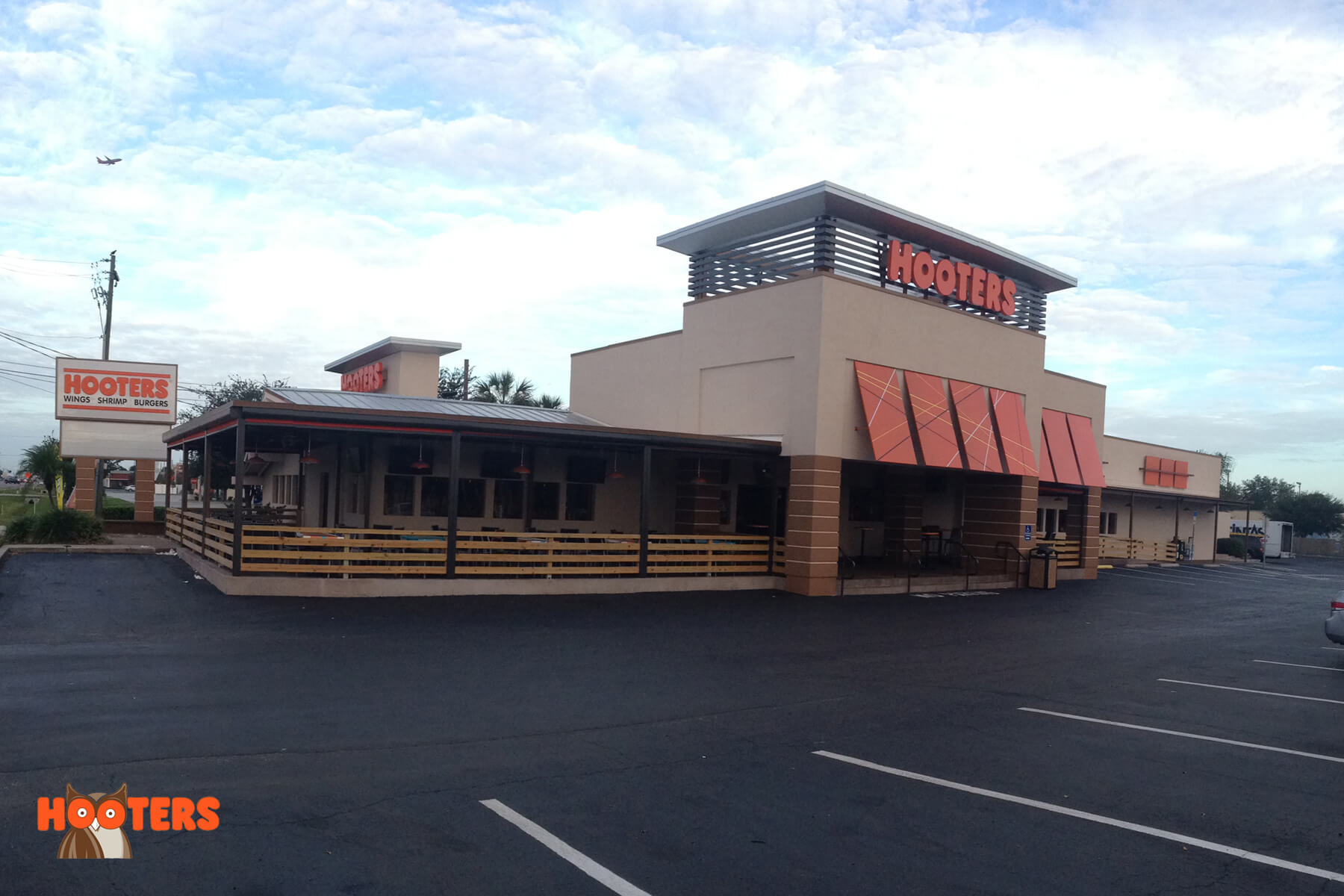 Hooters - Tampa, FL